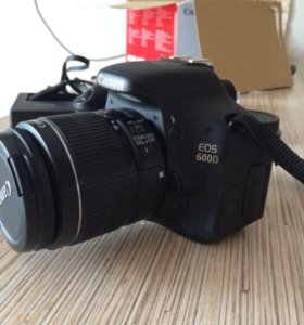 Зеркальный фотоаппарат Canon EOS 600d kit 18-55 is