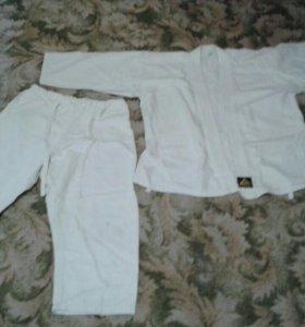 Кимоно,накладки,3 пояса,щитки.