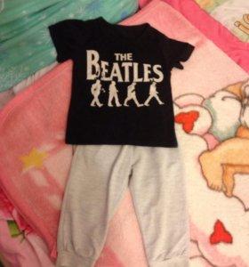 Детский костюм:футболка,штаны.