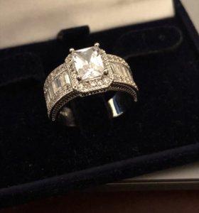 Кольцо женское новое серебро