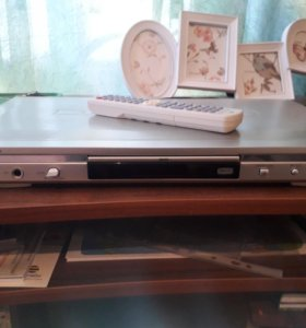 DVD player DV-700s
