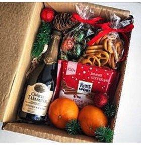 Подарочная коробочкам с наполнением