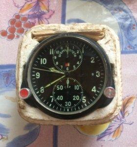 Авиационные часы хронограф