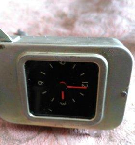 Автомобильные часы ГАЗ-24 АЧВ 3