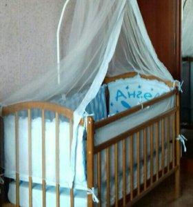 Кровать с комплектом