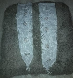 Продам свадебные перчатки в идеальном состоянии.