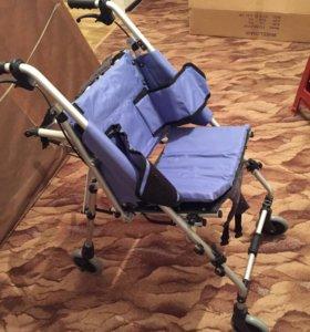 Коляска инвалидная детская новая