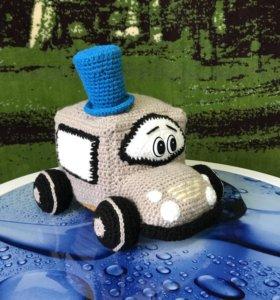 Вязанная игрушка машина
