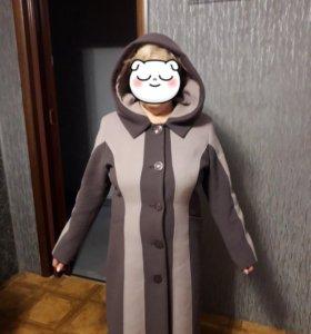 Пальто,почти новое