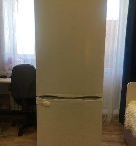 Холодильник морозилка