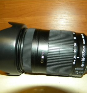 Canon zoom lens ef-s 18-135mm 1:3.5-5.6 is