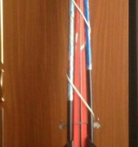 Лыжи 160 см,с палками