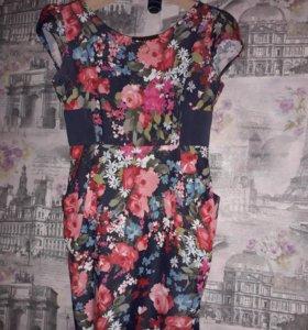 Яркое модное платье на любой случай