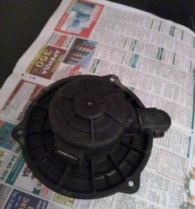 Вентилятор печки на Hyundai Matrix 2001 год 2007