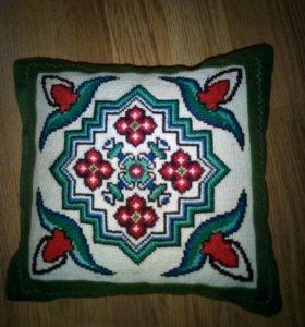 Декоративная подушка ручная работа