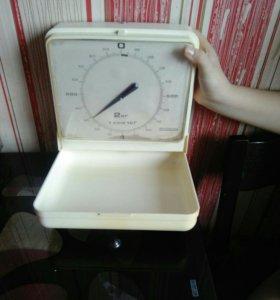 Весы настенные