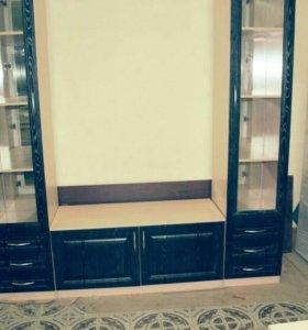 Шкаф-стенка с зеркалами