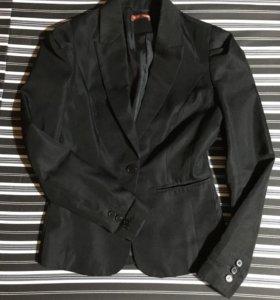 Пиджак твое, 42 размер