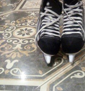 Хоккейные коньки 39-40