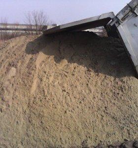 песок,и другие инертные материалы