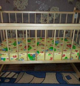Детская кровать + матрас + бортики