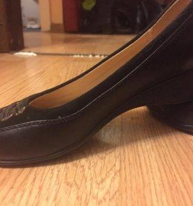 Туфли на девочку размер 35