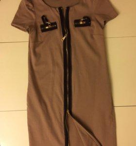 Moschino платье xs оригинал
