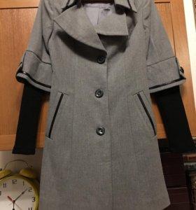Пальто 42р новое шерсть