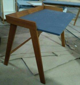 Дизайнерский стол-парта из массива от производител