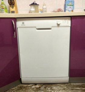 Посудомоечная машина (60 см) Electrolux ESF6200LOW