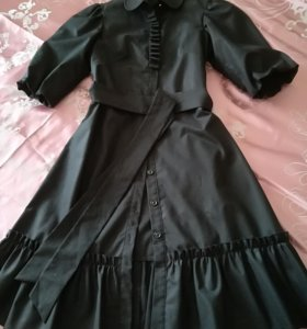 Строгое платье