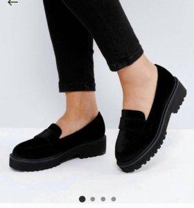 Туфли мокасины новые