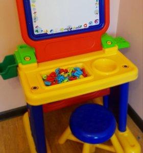 Детский стол,стул  +доска для рисования магнитная.