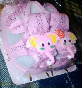 Детские мягкие сандали