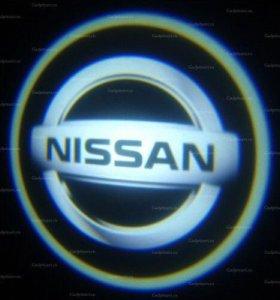 Подсветка дверей Ниссан