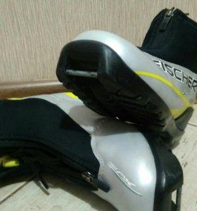 Ботинки лыжные Fisher EU35