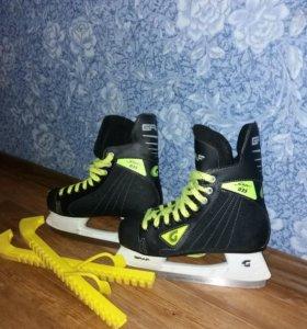 Коньки хоккейные  Graf на подростка. 38размер