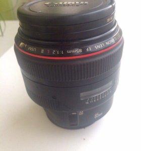 Объектив Canon 85 1.2