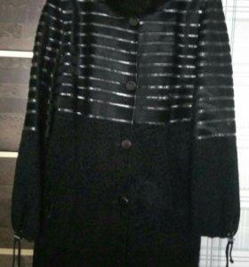 Пальто из натурального меха, шубка