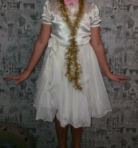 Красивое нарядное легкое платье на девочку до 12 л