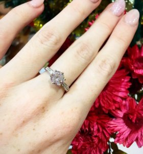 #3 Кольцо с большим камнем. Ювелирная бижутерия