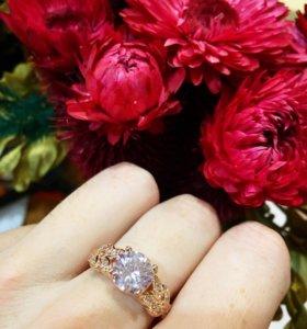 #2 Кольцо с большим камнем. Ювелирная бижутерия
