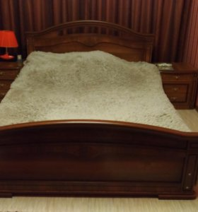 Спальный гарнитур (можно отдельно)