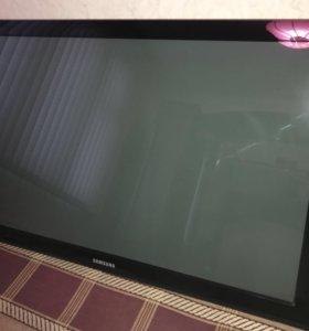"""Плазменный телевизор Самсунг 42"""""""