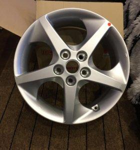 Комплект литых оригинальных дисков Kia R17
