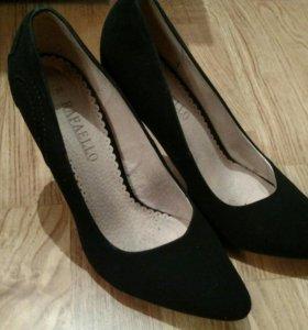 Туфли черные