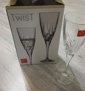 Бокалы для шампанского Twist