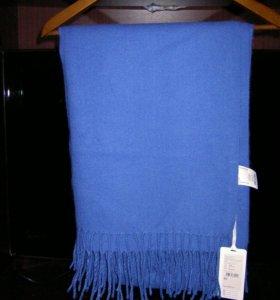 Шарф -палантин синего цвета