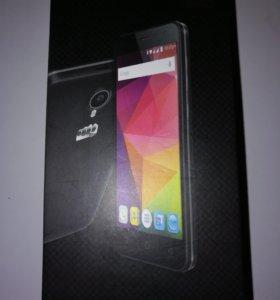Продам телефон Micromax Q415 с поддержкой LTE (4G)