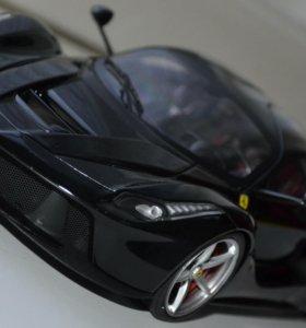 Ferrari LaFerrari 1/18 Hot Wheels Elite